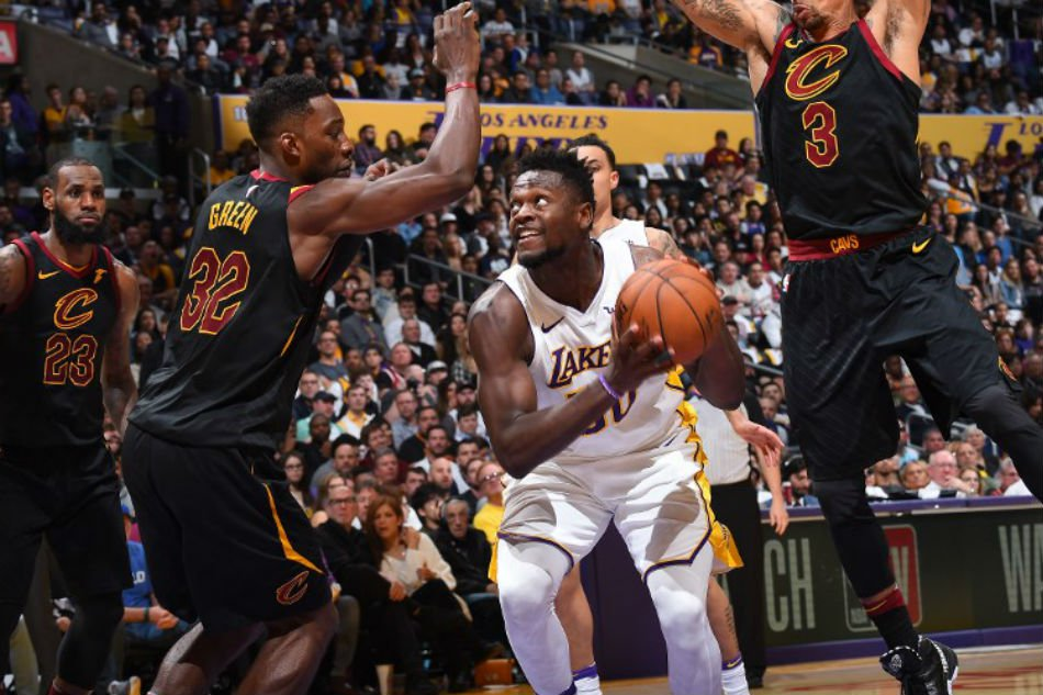 78f3dad62ccb NBA DAILY DRIBBLE  Lakers put on a show in LA for LeBron James ...